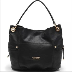 Authentic BURBERRY Black Leather Shoulder bag
